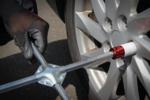 Kit pneus pour changement de roues avec cric rouleur 1,5 t 10 pieces