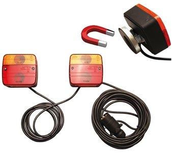 Lampes à remorque avec support magnétique